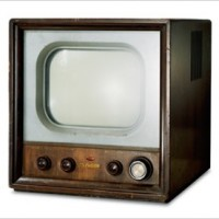 Japan's First TV Set <TV3>